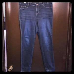 Size 16 Dark denim Legging.